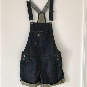 New volcom denim shorts overalls